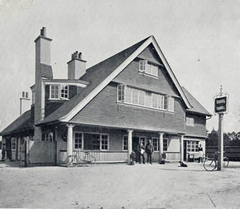 The inn taken by Walder circa 1901